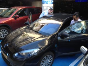 RENAULT FLUENCE ZE IN TEL AVIV SOURCE: ADRIAN G STEWART